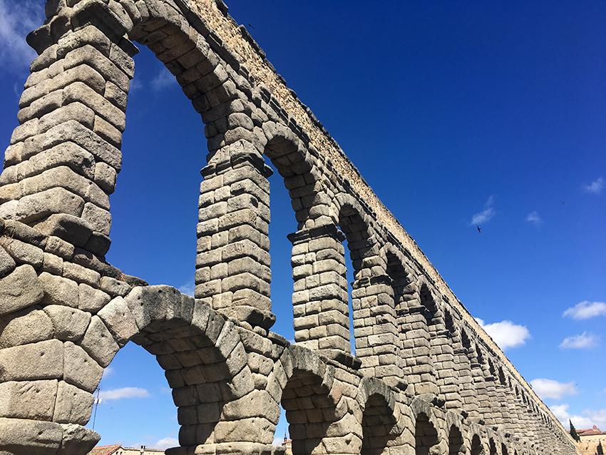 Astràgali Teatro in Spagna per Legends on Circular Ruins